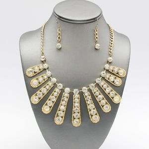 Clear Crystal Fringe Necklace Set